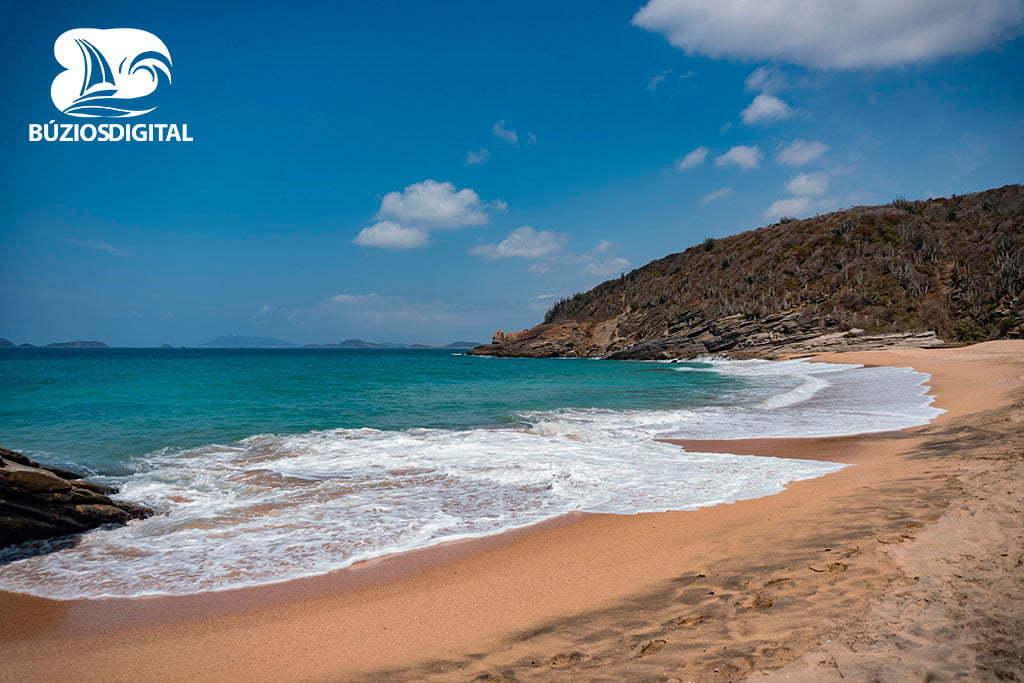 Praia das Caravelas